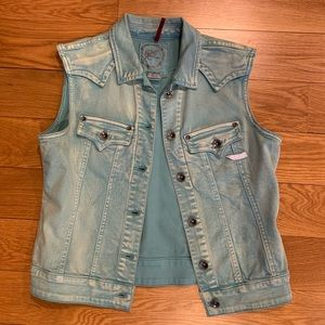 Colored denim vest by Parasuco (Canadian company)